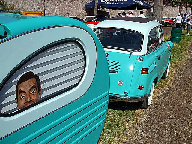 BMW Isetta 600 Limo & Mr. Bean! Love MR. Bean!!!