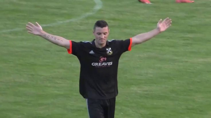 Amazing hat-trick from Pollock FC striker Tam Hanlon https://youtu.be/fakgQW5b_rg Love #sport follow #sports on @cutephonecases
