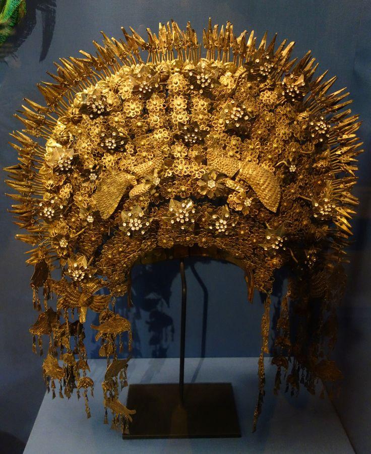 File:Wedding Headdress, Minangkabau Peoples