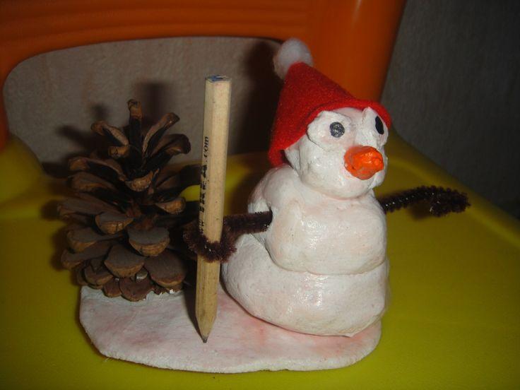 Bonhomme de neige porte crayon