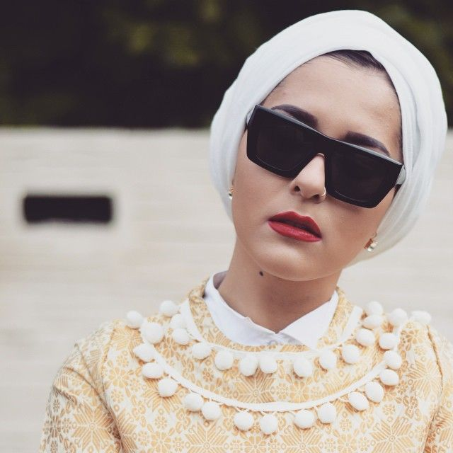 Impressive collection of dina tokio hijab fashion ideas for modern women (10)