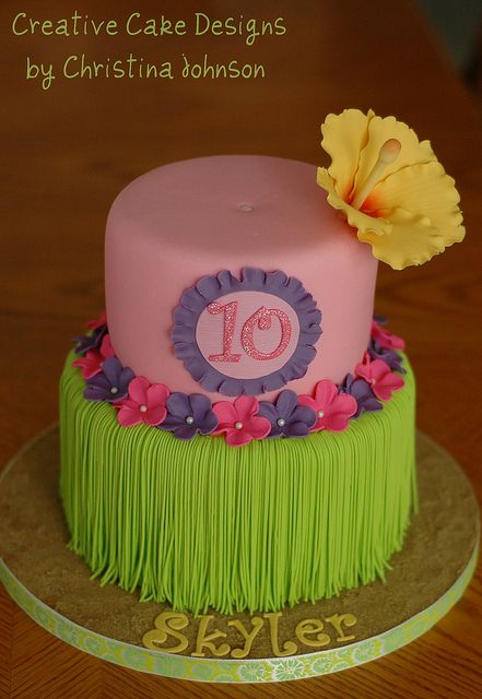 Cake Decorating: Hawaiian themed cake for a luau birthday party