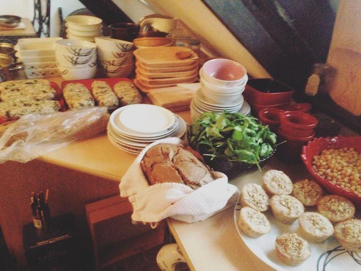 #klubkovari #mnamfest #foodfest #cooking #vegan #veganmeal Mňamfest v plném proudu!🍴😌🕊☕️