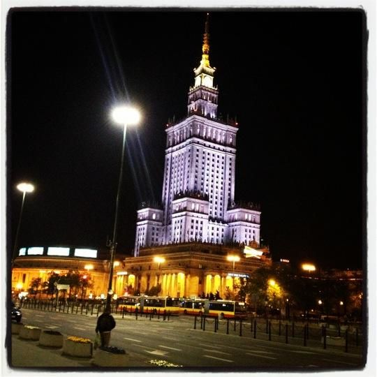 Pałac Kultury i Nauki - Gorgeous building right in the centre of #Warsaw definitely worth visiting