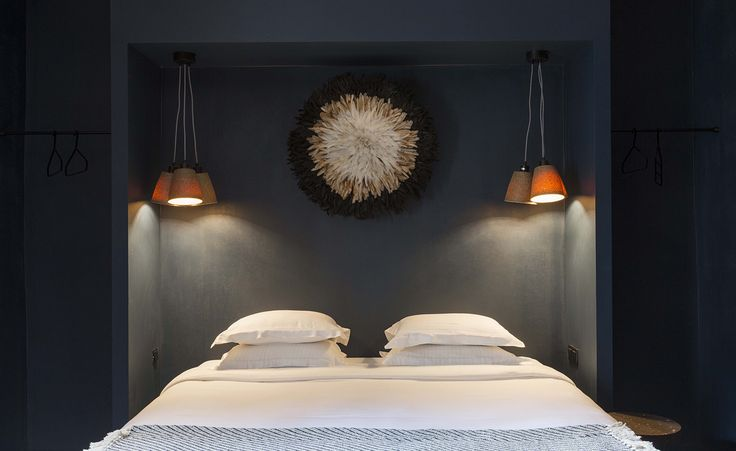 HO36 is the latest addition to Lyon's riverside neighbourhood Guillotière, where art galleries and trendy bars rub shoulders with Chinese takeaways and African hairdressers. A destination in its own right, the hostel is a lively go-to spot for locals p...