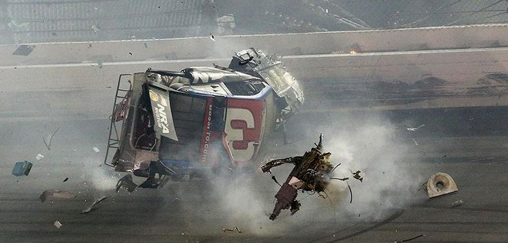 ICYMI: Austin Dillon OK after car flies into catch fence in last-lap crash » http://foxs.pt/1LNIo30 #NASCAR