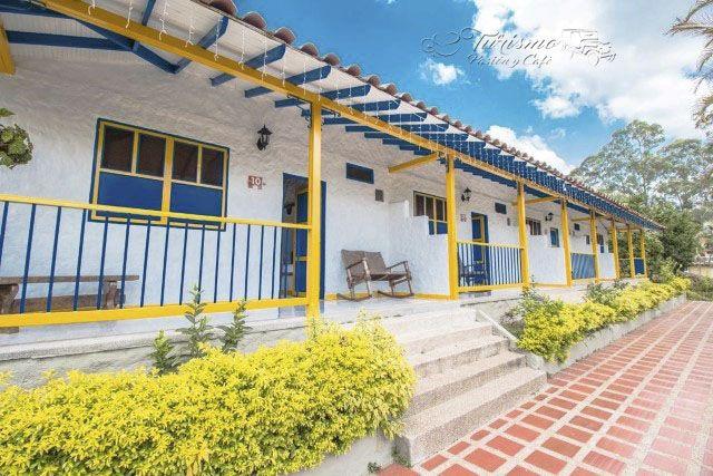 Fincas y hoteles disponibles para fin de año, turismo en el #Quindio, alojamientos cerca al #ParquedelCafe, venta de pasaportes, planes todo incluido. ¡Reserva ya! Cel.3105384427 - 3104502013 #FelizMiercoles #TurismoPasionyCafe Turismo Eje Cafetero