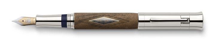 2010 - Walnut Wood - Natures Luxury - Pen of the Year - Graf von Faber-Castell