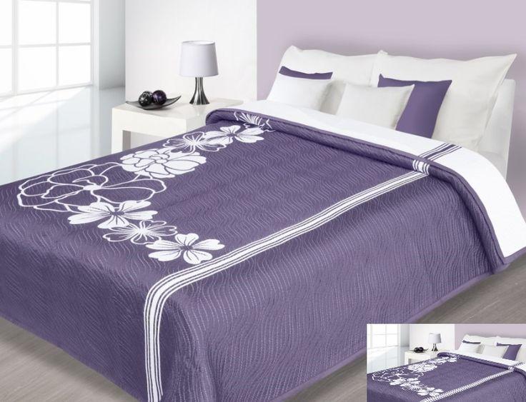 Fialové obojstranné prehozy na postele motív kvet