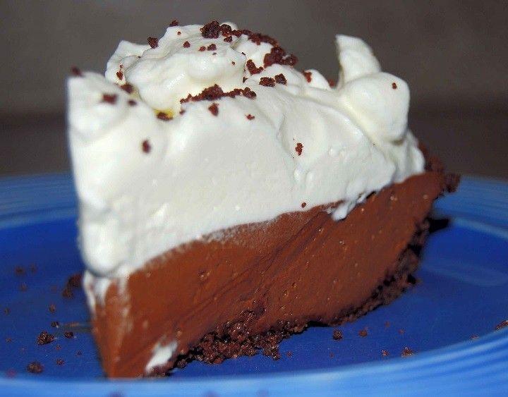 Csokoládés tejszínes habtorta, fincsi lágy édesség, sütés nélkül pillanatok alatt! :) - MindenegybenBlog