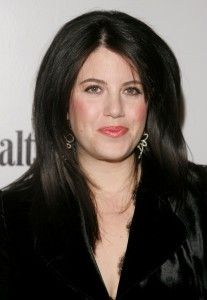 Monica Lewinsky beaks silence: I want to 'take back my narrative' Monica Lewinsky, the woman with whom then-President Bill Clinton had an affair that led to his impeachment, is airing her regrets and a side of the story she's kept to herself for more than 15 years.  Lewinsky, in an exclusive interview with Vanity Fair magazine, breaks her silence... http://www.washingtonpost.com/blogs/reliable-source/wp/2014/05/06/monica-lewinsky-beaks-silence-i-want-to-take-back-my-narrative/