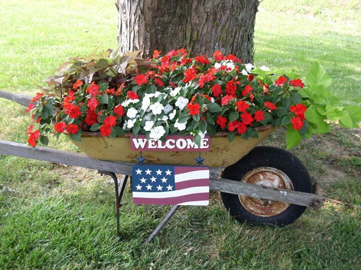 Flower Garden Ideas With Old Wheelbarrow 174 best wheelbarrow gardens images on pinterest | wheelbarrow