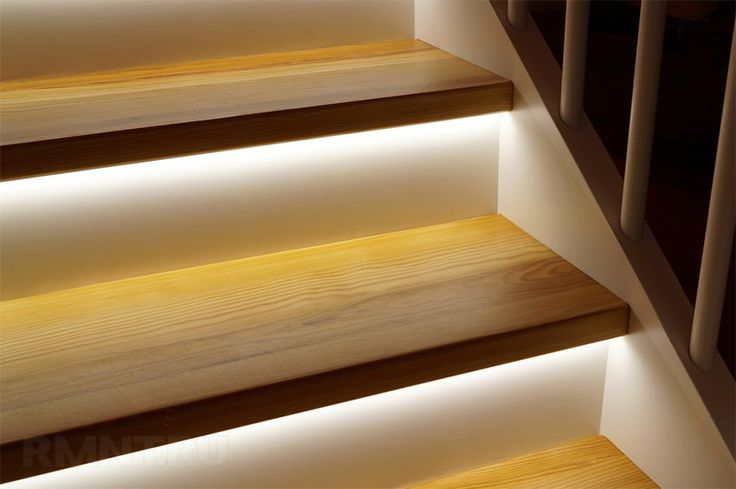 Освещение лестницы в доме: как сделать автоматическую подсветку ступеней