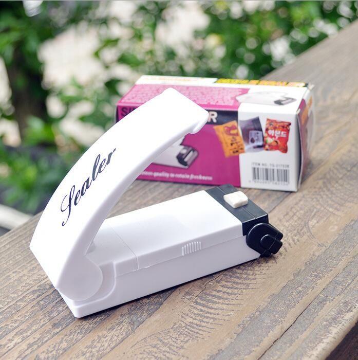 2016 New Mini Portable Vacuum Food Sealer Heat Sealing Machine Impulse bag Sealer Seal Machine Poly Tubing Plastic Bag Kit Tool