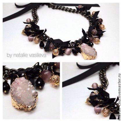 Нежное колье от Наталии васильевой - розовый,розово-черный,розовый с черным