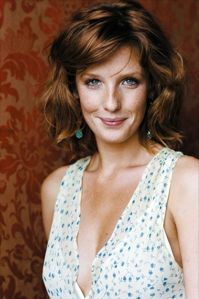 Wish I had Kelly Reilly's hair