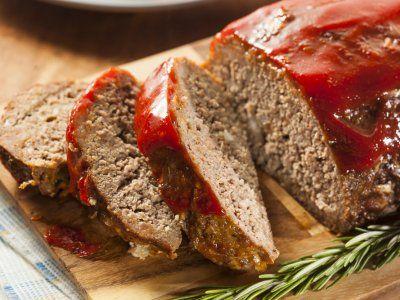 Receta de Pastel de Carne (Meatloaf) | Receta de pastel de carne preparado con verduritas, salsa catsup y salsa inglesa. Rico y fácil de que les guste a los niños .