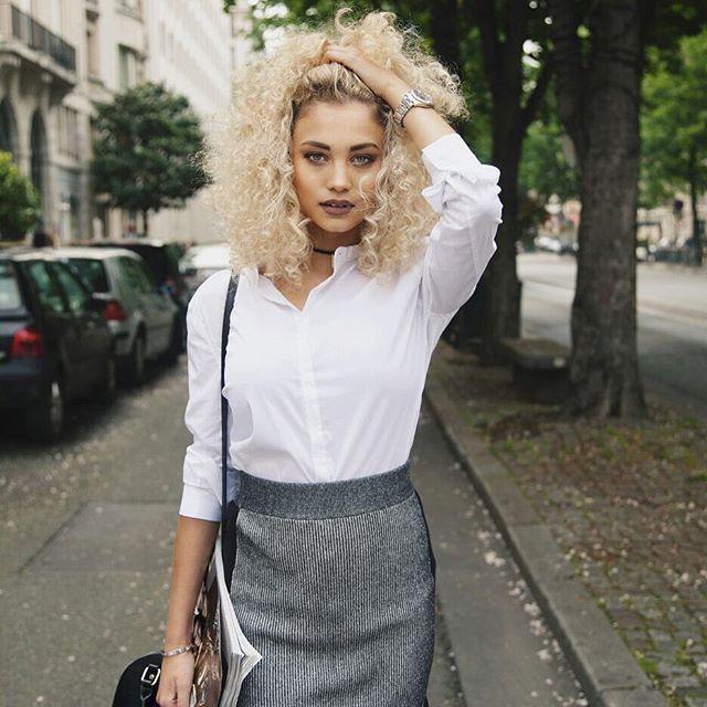 Pin for Later: 13 Comptes Instagram Que Toutes les Filles aux Cheveux Frisés Devraient Suivre @rose_bertram