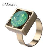 Зеленый кристалл металлические кольца регулируемый золотое кольцо женщин 2015 квадратных дизайном-цинкового сплава палец ювелирные изделия bague anillos роковой eManco
