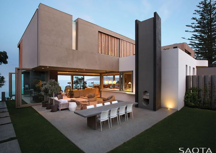 indoor outdoor lifestyle, contemporary beach house, by SAOTA