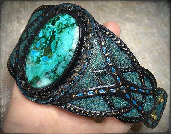 Hand tooled leather antique looking cuff bracelet with malachite-chrysocolla by Gemsplusleather - 77.77€ #cuff #leather #bracelet #leathercraft #jewelry #handmade #handpainted #tooledleather #art #artisan #gold #cabochon #fantasy #chrysocolla #patina #malachite #giftforher #gem #gemstone #bronze #gemsforall #fantasy #boho #antique #Gemsplusleather