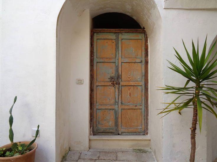 Dai un'occhiata a questo fantastico annuncio su Airbnb: dimora con portico e corte antica - Appartamenti in affitto a Nardò