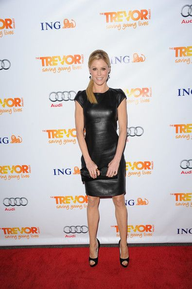 Julie Bowen Leather Dress - Julie Bowen wore a sleek LBLD (little black leather dress) to the Trevor Live benefit.