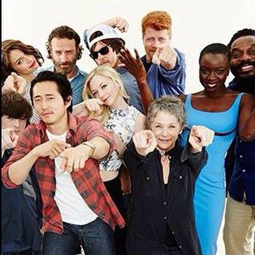 Carl, Maggie, Glenn, Rick, Beth, Daryl, Abraham, Carol, Michonne & Tyreese. ( 2014 SDCC)