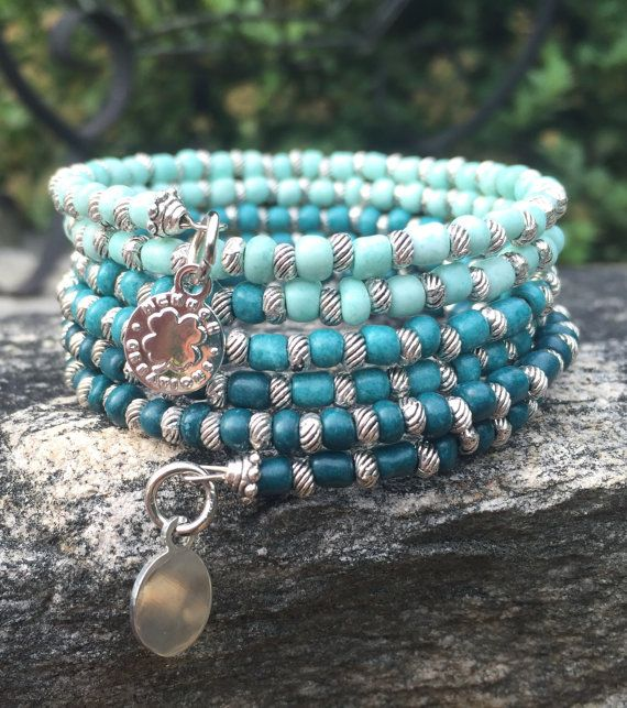 129 best Beaded Memory Wire Bracelets images on Pinterest   Beaded ...