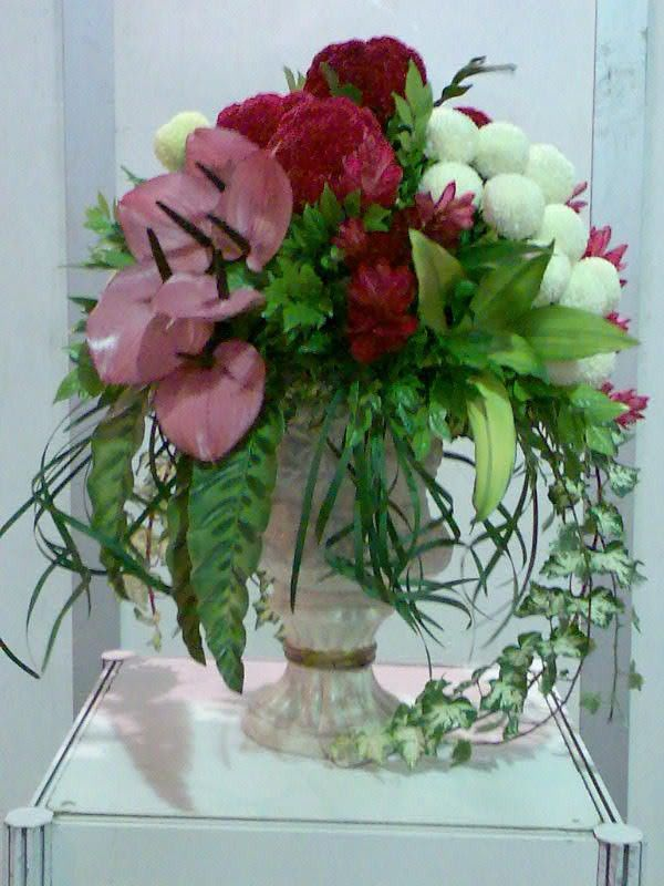 Beautiful Flower Arrangements An Elegant Arrangement Of