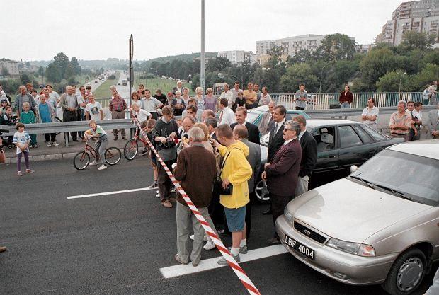 wiadukt im. Ks. Poniatowskiego, AUG 1997 źródło; Gazeta Wyborcza