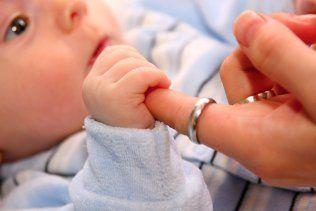 L'ABC de la motricité - Bébé - 0-12 mois - Développement - Mamanpourlavie.com