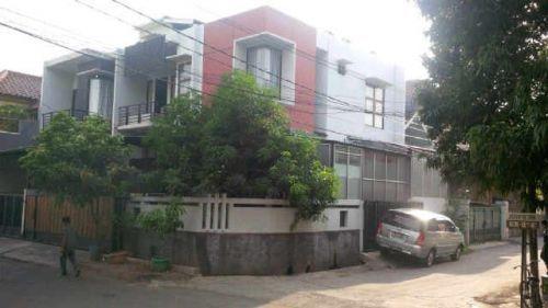 DIJUAL CEPAT Rumah Kelapa Gading, 2 LT (NEGO) Jl Kelapa Kopyor, Kelapa Gading Kelapa Gading » Jakarta Utara » DKI Jakarta