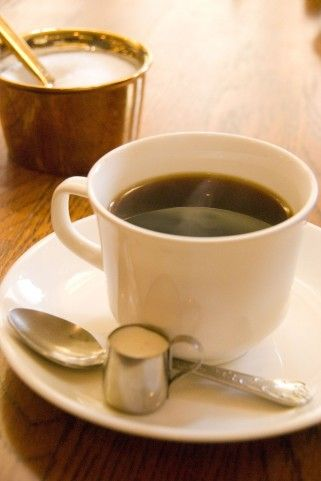 カフェイン摂取で運動効果が上がる! カフェインドリンクまとめ