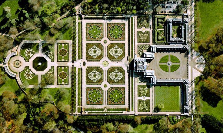 9/26/2014 Het Loo Palace Apeldoorn, Netherlands 52.234167°N 5.945833°E …