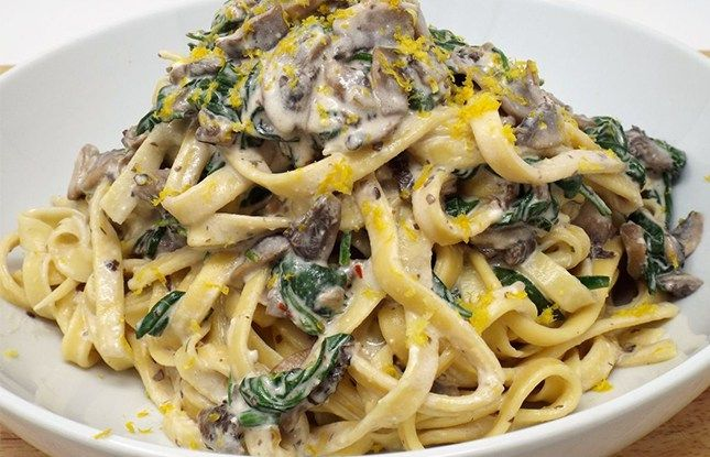 Spinach, Mushroom and Ricotta Fettuccine with Lemon – An Oh My Veggies Featured Recipe