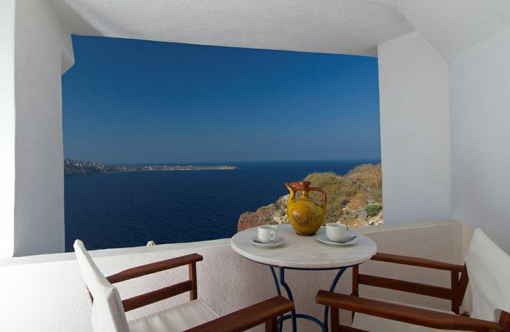 #Santorini is the place where the dreams come true! #Esperas