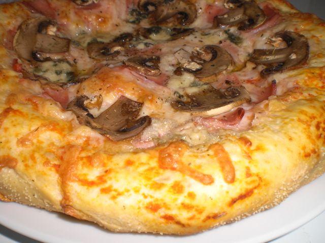 Masa de pizza estilo Domino's