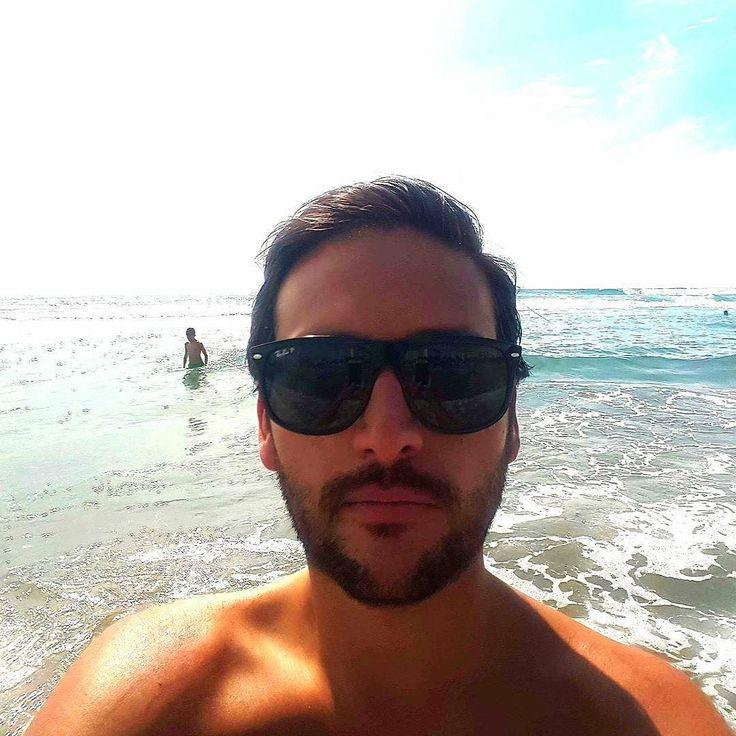 Me selfie tanning tan gold australiangold acapulco for Acapulco golden tans salon
