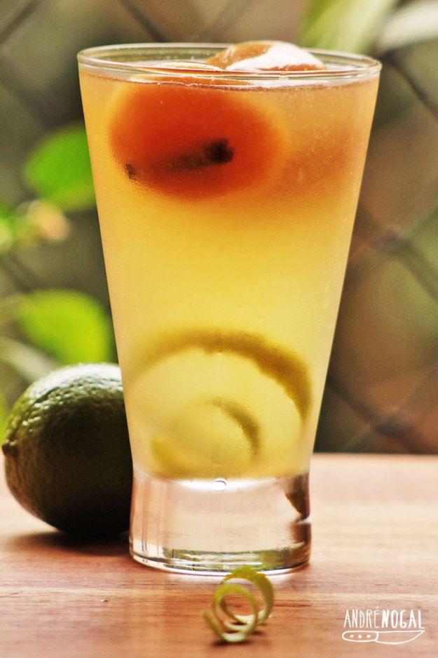 Limonadas com cubos de chá. | 15 receitas deliciosas para você testar neste fim de semana