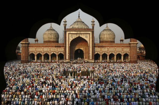 The Most Crowded Places in India: Jama Masjid in Delhi During Ramadan and Eid