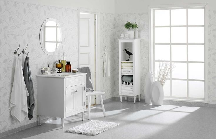 «Aquarelle» fra Tarkett er en våtromskolleksjon inspirert av nordisk natur. Her er «White meets white» som minner om lyse sommernetter og de skarpe vintermorgenene.
