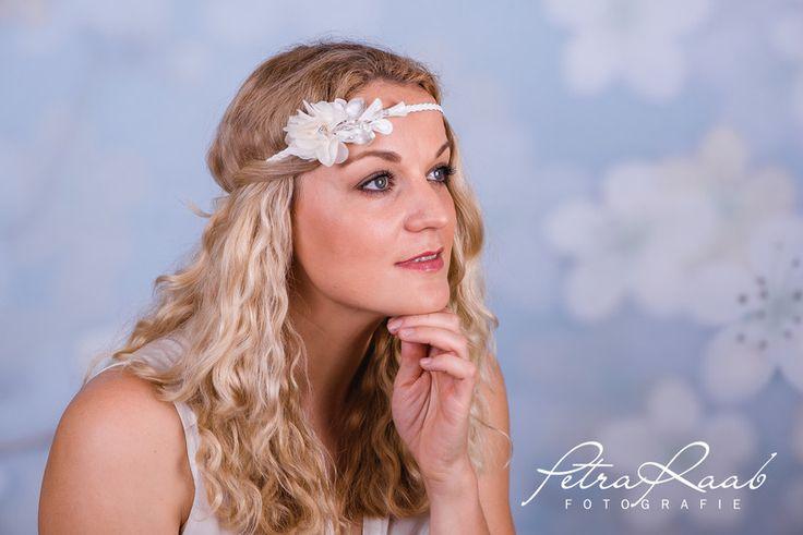 Haarschmuck & Kopfputz - Braut Blumenband Boho Perlen Trachten Pre 67 - ein Designerstück von Perle-Wismer bei DaWanda