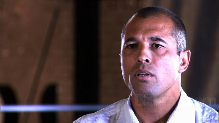Royce Gracie: Nick and Nate Diaz's fights 'are what this sport should be' - See more at: http://www.addisonsportsmedia.com/2014/11/royce-gracie-nick-and-nate-diazs-fights-are-what-this-sport-should-be/#sthash.Yn3xw9RE.dpuf
