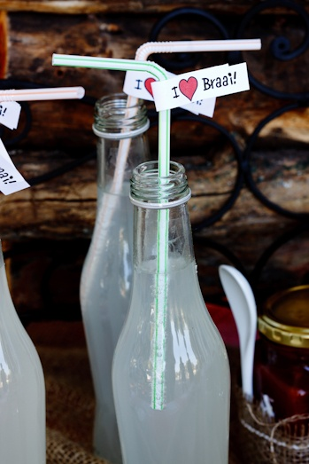 Ginger ale with cute straw tags for Braai (BBQ) table.(Photo: Alida Ryder - www.simply-delicious.co.za)