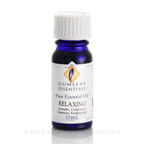 Our Relaxing aromatherapy blend contains essential oils of geranium, lavender, cedarwood & frankincense. A blend of oils specially selected to have a calming effect on the mind and body and help to balance mood swings and relieve anxiety.
