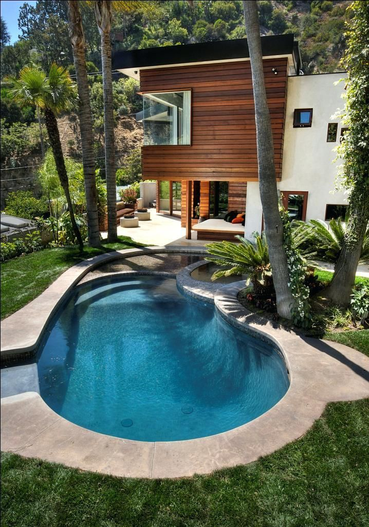 Small Modern Pool Home Decor With Ultra Modern Home Design Near Stunning Garden And Small Kidney Small M Cool Swimming Pools Swimming Pool Designs Pool Designs