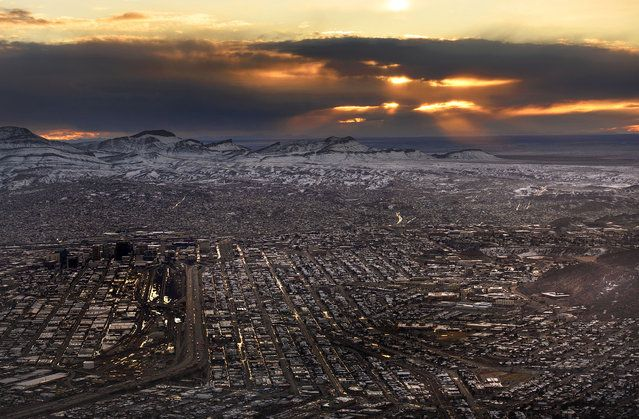 El Paso, Texas at sunset - USA From The Air | www.piclectica.com #piclectica