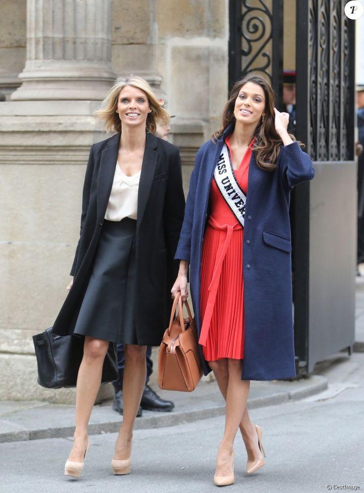 Semi- Exclusif - Iris Mittenaere (Miss Univers) et Sylvie Tellier au Palais de l'Elysée pour rencontrer le Président de la République F. Hollande et visiter l'Elysée à Paris, le 18 mars 2017.