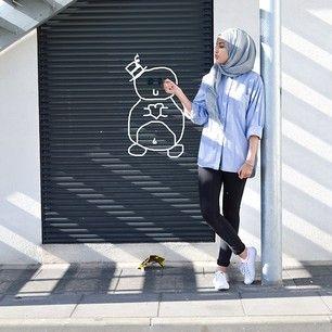 ZIZI @ziziosashion Instagram photos | Casual Hijab Fashion